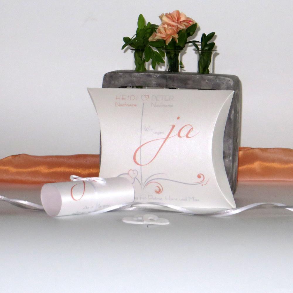 """Hochzeitseinladungsbox """"Design in apricot"""""""