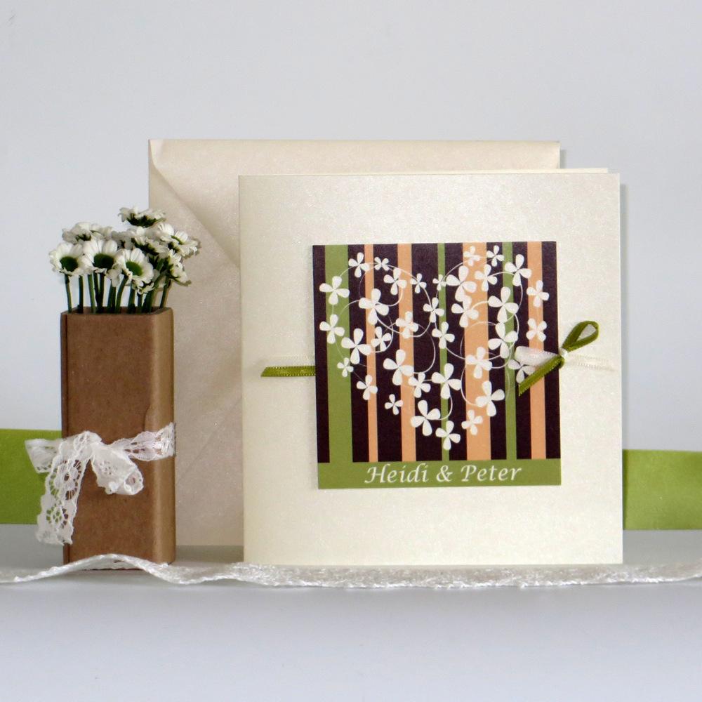 """Hochzeitseinladung """"Blumenherz"""" braun&grün&apricot"""