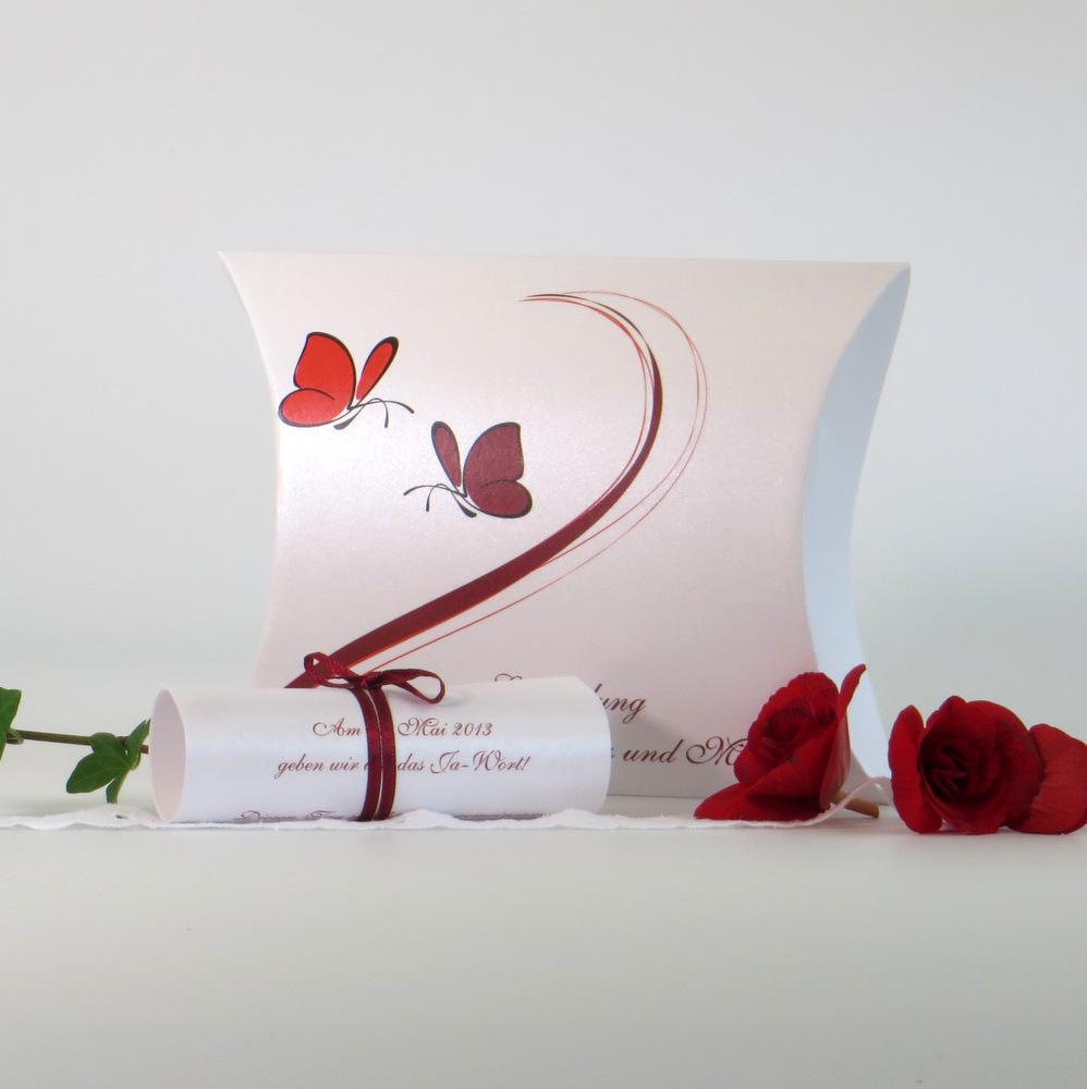 """Hochzeitseinladungsbox """"Schmetterlinge"""" rot"""