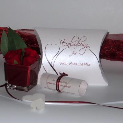 """Hochzeitseinladungsbox """"Blüte"""" rot"""