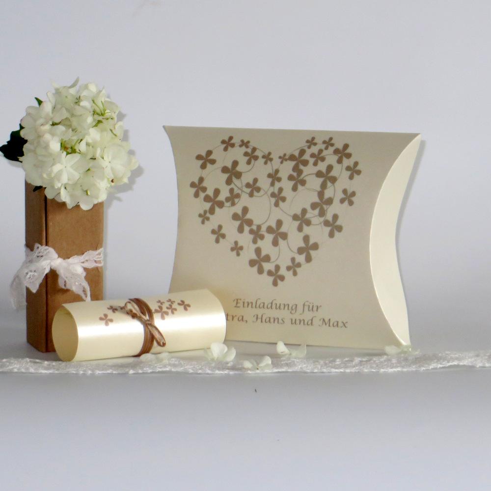 """Hochzeitseinladungsbox """"Blumenherz"""" creme&braun"""