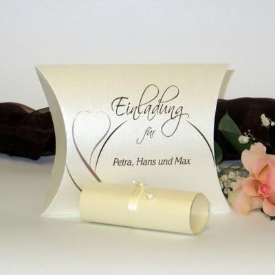 """Hochzeitseinladungsbox """"Blüte"""" braun"""