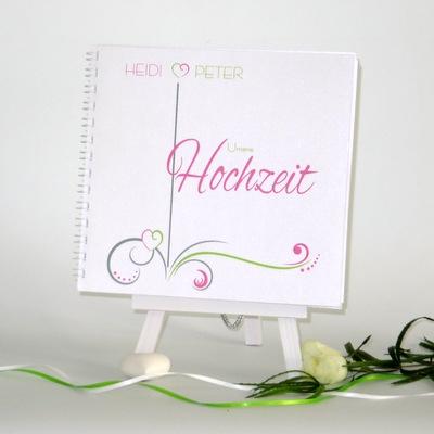 """Gästebuch """"Design in grün & pink"""""""