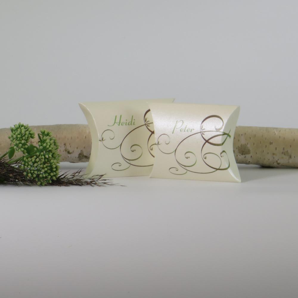 """Gastgeschenk + Tischkarte """"Mix braun & grün"""""""