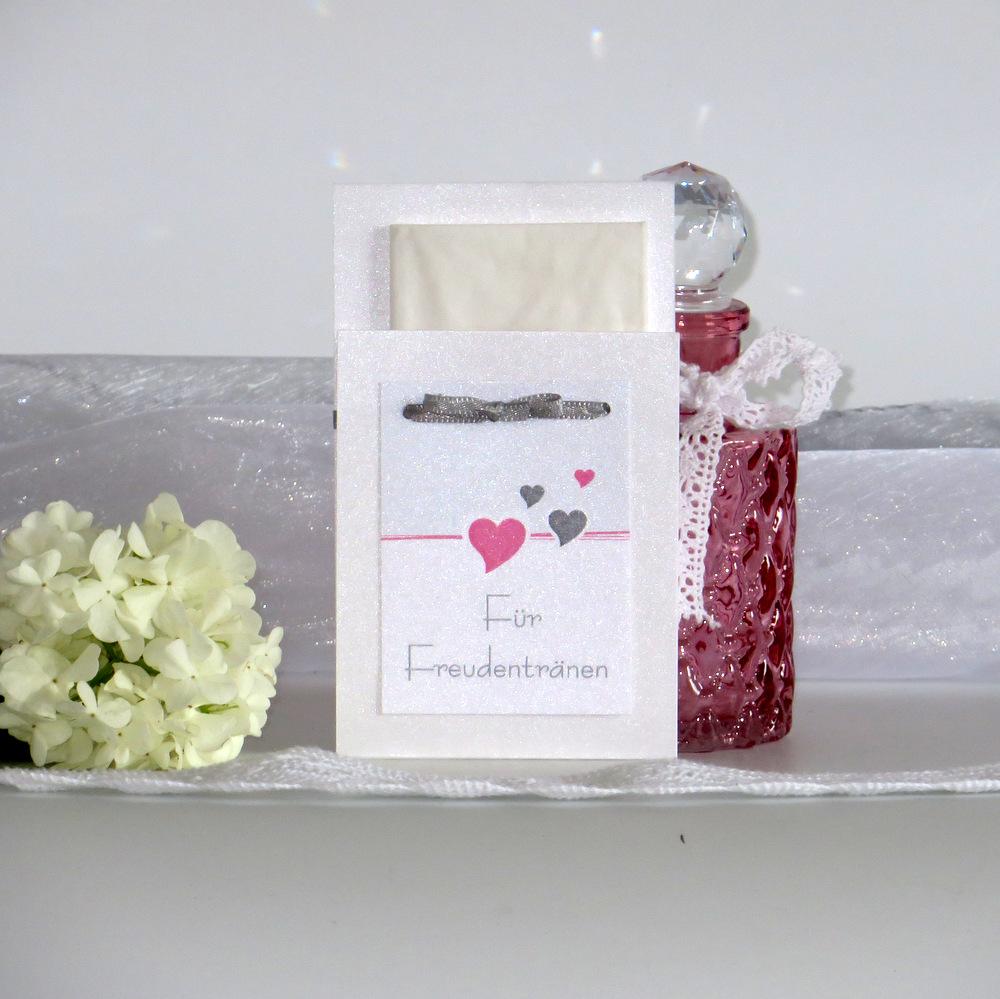 Taschentuchtasche Herzchen rosa