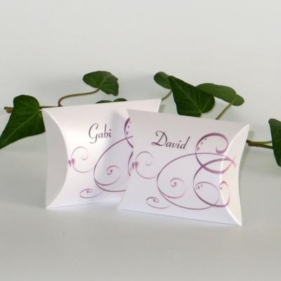 """Gastgeschenk + Tischkarte """"Farbflirt rose & weiß"""""""