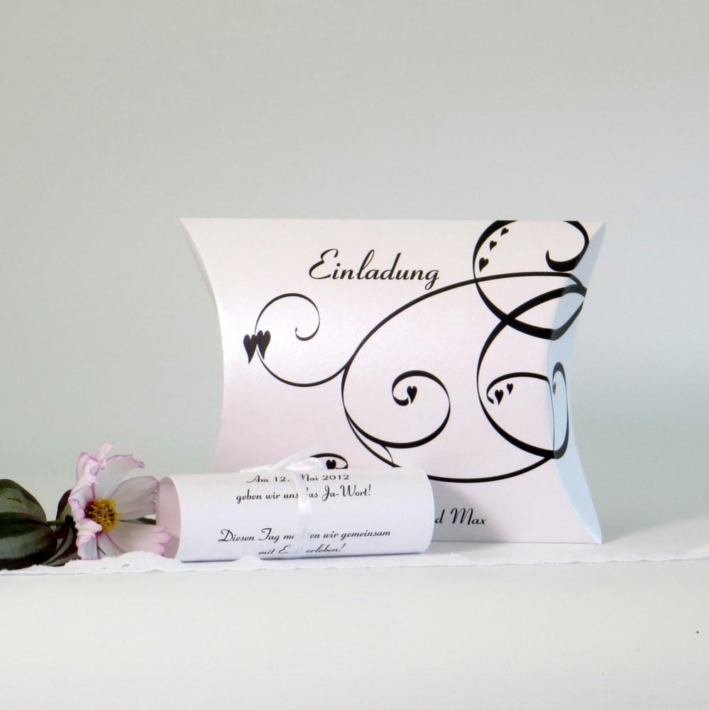 """Hochzeiteinladungsbox """"Farbflirt schwarz & weiß"""""""