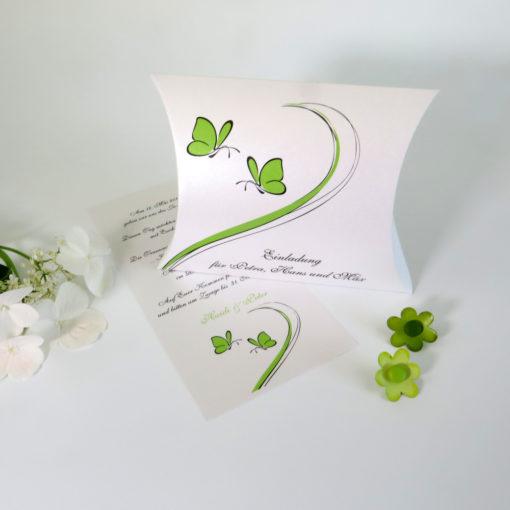 """Hochzeitseinladungsbox """"Schmetterlinge"""" grün"""