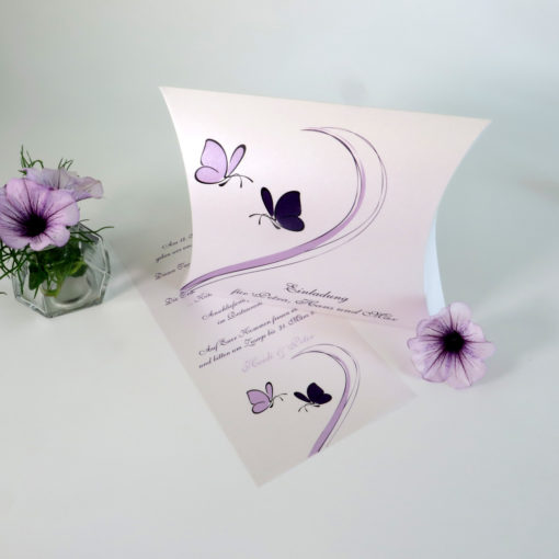 """Hochzeitseinladungsbox """"Schmetterlinge"""" lila"""