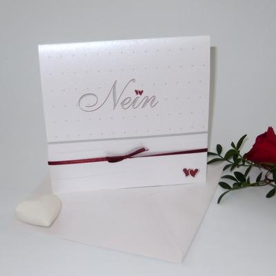 """Hochzeitseinladung """"NEIN"""" in bordeaux & weiß"""