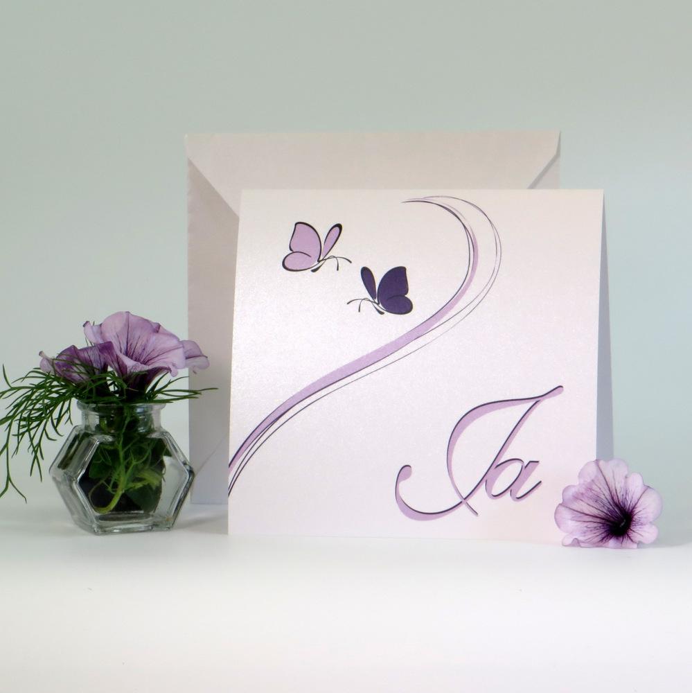 """Hochzeitseinladung """"Schmetterlinge"""" lila"""