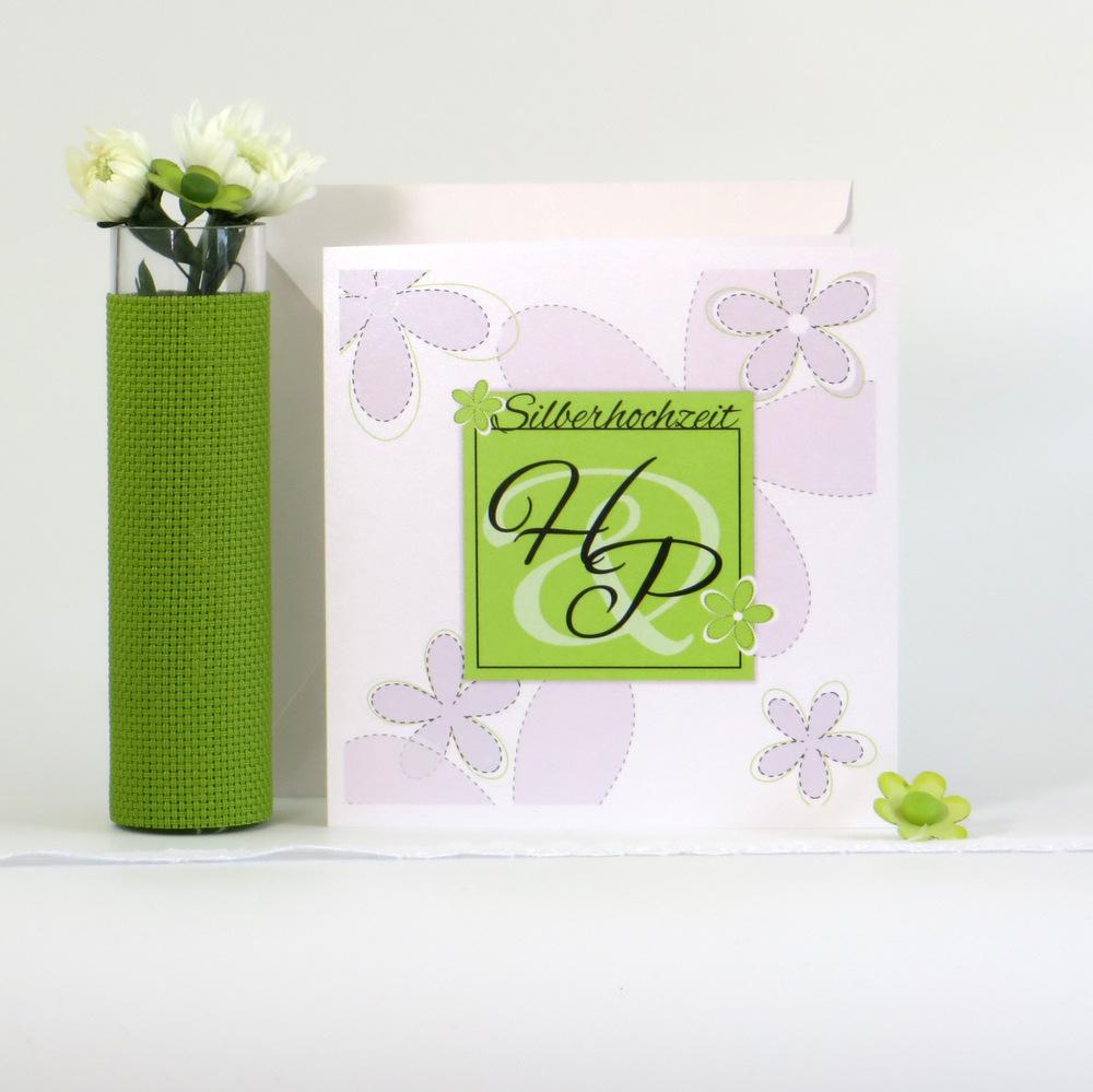 Blumen grün und weiß