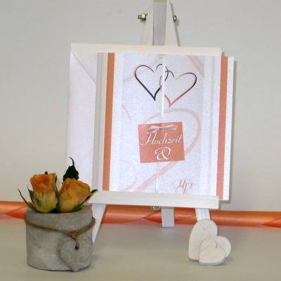 Romantische Einladungskarte zur Hochzeit mit gleichzeitiger Taufe.