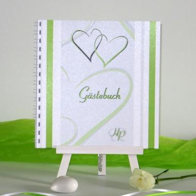 """Elegantes Gästebuch in grün und weiß """"Nein, ich will!"""" mit modernen Herzen."""