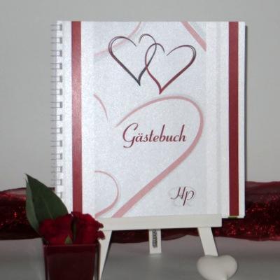 """Modernes Gästebuch """"Nein, ich will!"""" in rot und weiß mit modernen Herzen."""