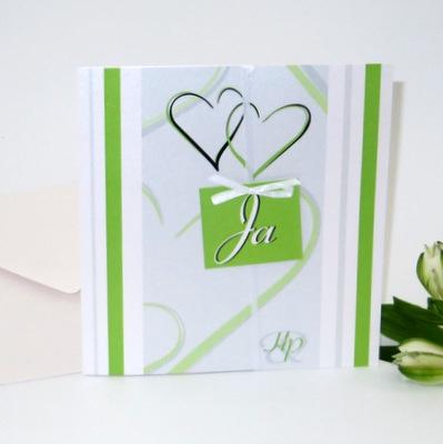 """Modern gestaltete Hochzeitseinladung """"Ja, ich will!"""" in frischem grün"""