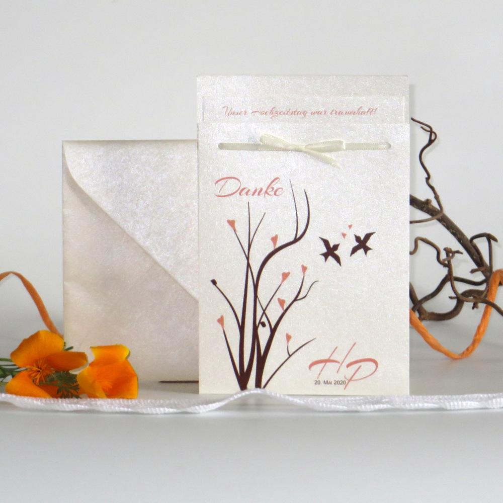 Süße Dankeskarte in creme mit einem Vogeldesign in apricot und braun