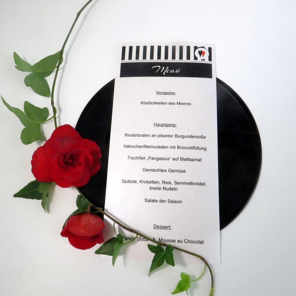 Hochzeitsmenükarte, mit einem Design, dass zu einer Fifties-Hochzeit passt.