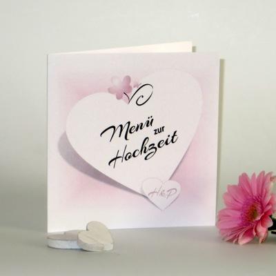 Personalisierte Hochzeitsmenükarte in zartem rosa und strahlendem weiß.