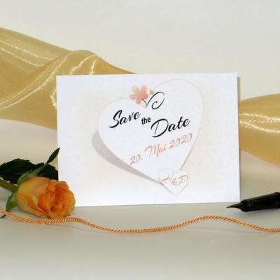 Save-the-Date für die Hochzeit in apricot.