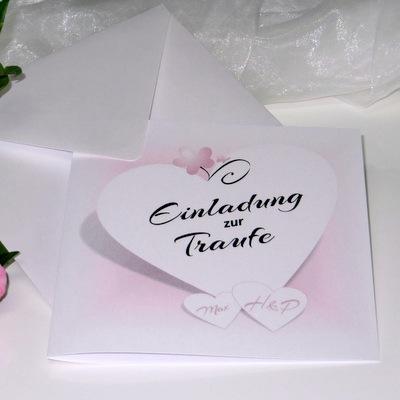 Romantische Einladung zur Hochzeit und Taufe in rosa und weiß.