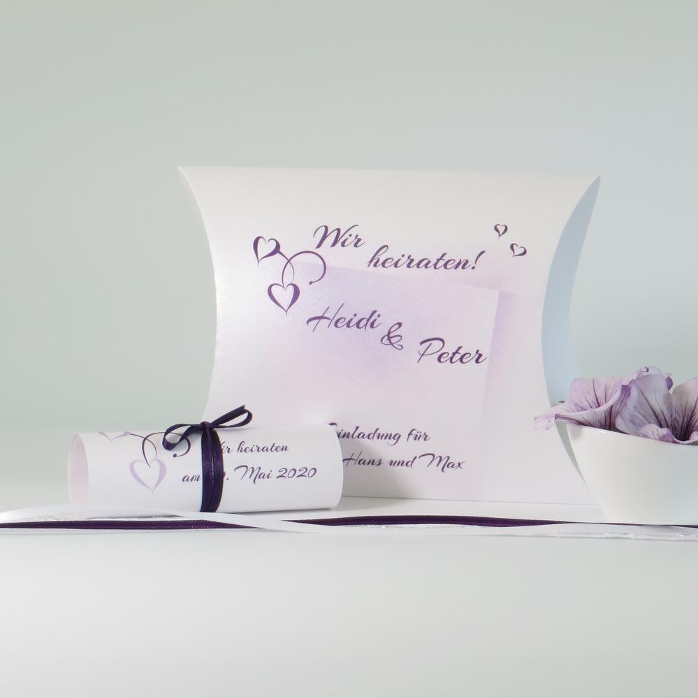 Einladungsbox zur Hochzeit mit edlem Druck in lila