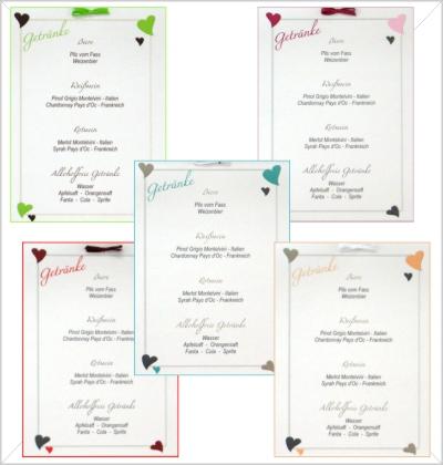 Getränkekarten für eine Hochzeit mit Herzen in vielen Farben.