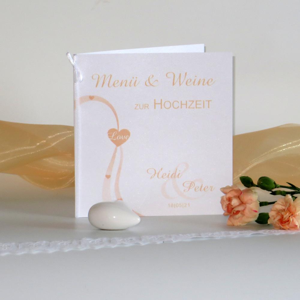 Menü- und Weinkarte für eine Hochzeit in der Trendfarbe apricot.