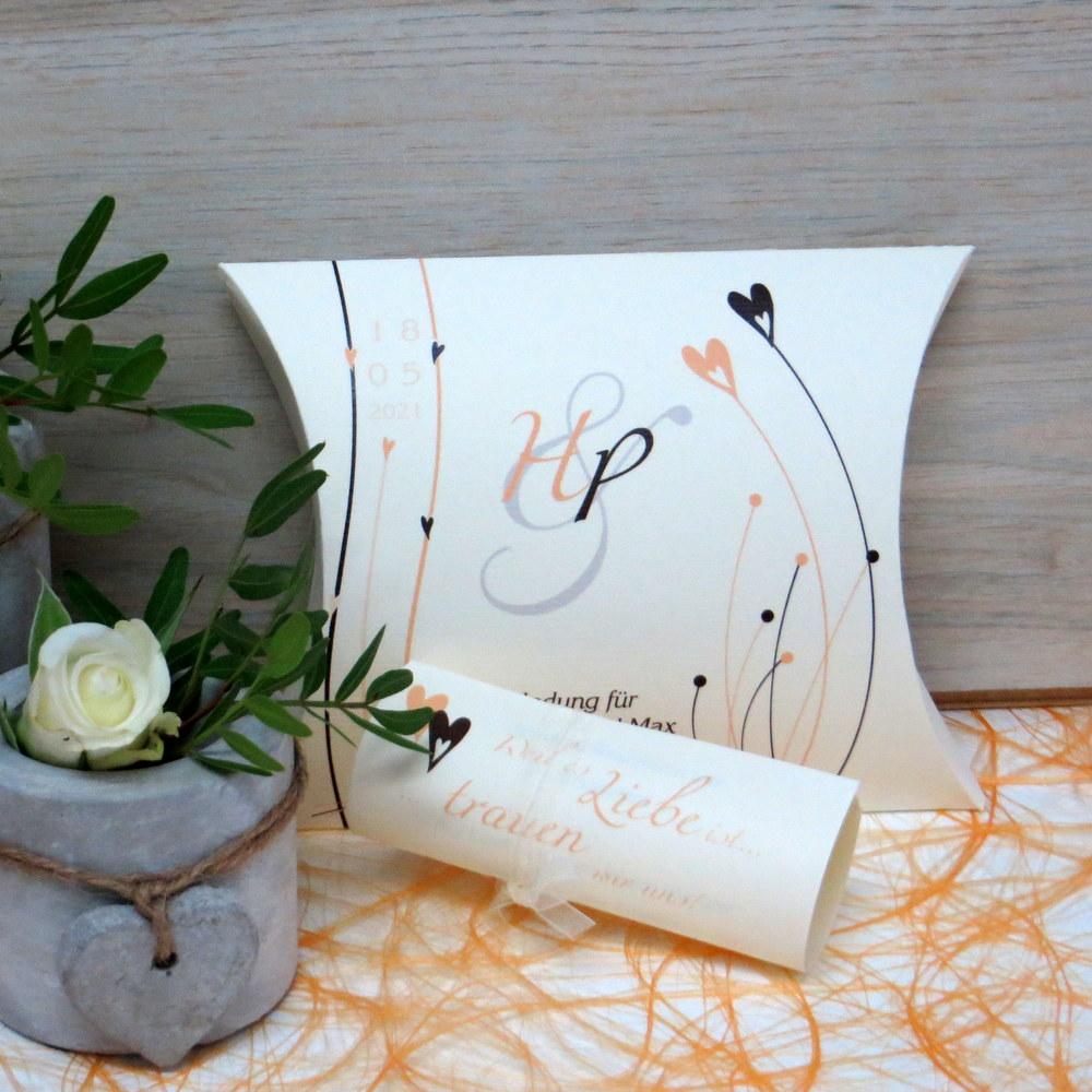 Hochzeitseinladung Liebesglück apricot