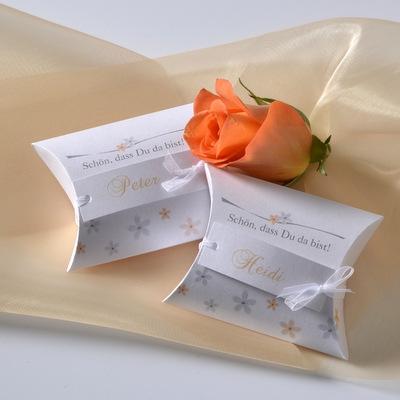 """Gastgeschenk + Tischkarte """"Blumenmeer"""" apricot-0"""