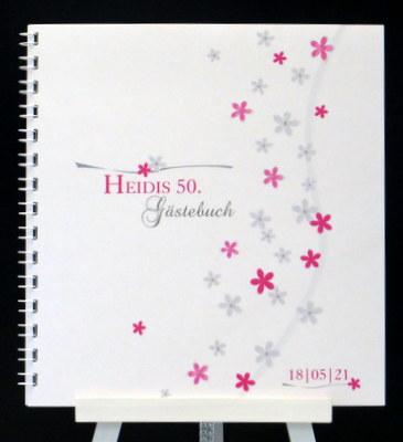 Süßes Blumenmotiv in pink ist das Highlight von diesem Geburtstagsgästebuch