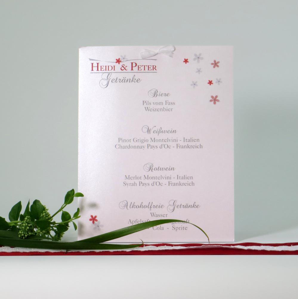 Trendige Getränkekarte zur Hochzeit mit Blumenprint in grau und rot