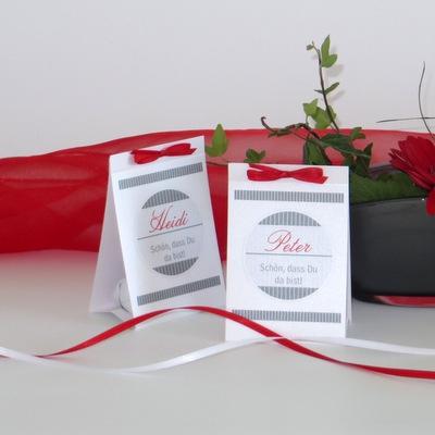 """Tischkarten zum Geburtstag """"Stripes"""" rot & grau"""