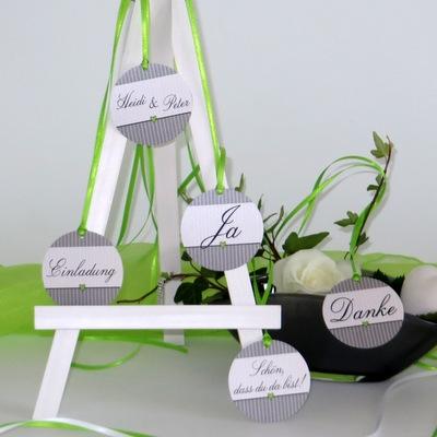 "Anhänger ""Stripes"" grün & grau"