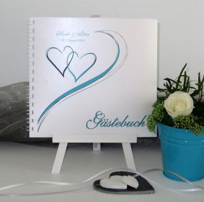 Gästebuch zur Hochzeit in türkis mit Herzen