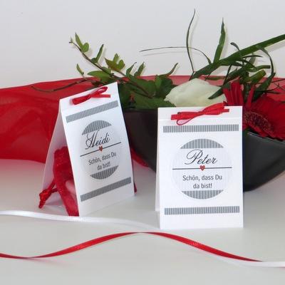 """Tischaufsteller Hochzeit """"Stripes"""" rot & grau"""