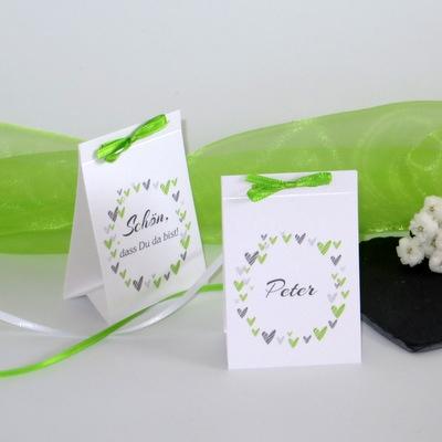 """Tischaufsteller """"Herzring"""" grün"""