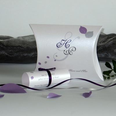 """Einladung zur Hochzeit als Box in lila aus der Serie """"Blättertraum"""""""