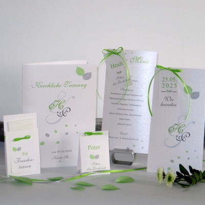"""Kartenset mit der Hochzeitseinladung """"Blättertraum"""" grün"""