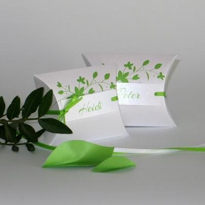 """Gastgeschenk & Tischkarte """"Blättchen"""" grün"""