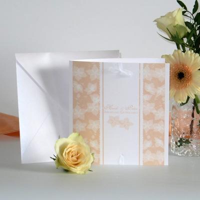 """Hochzeitseinladung """"Blütentraum"""" apricot"""