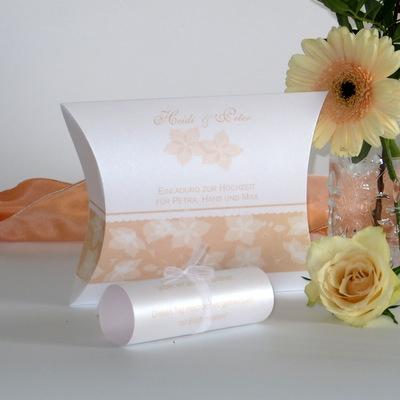 """Hochzeitseinladungsbox """"Blütentraum"""" apricot"""