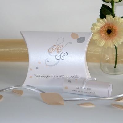 """Hochzeitseinladungsbox """"Blättertraum"""" apricot"""