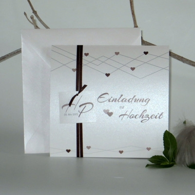 """Hochzeitseinladung """"Farbherzen"""" braun"""