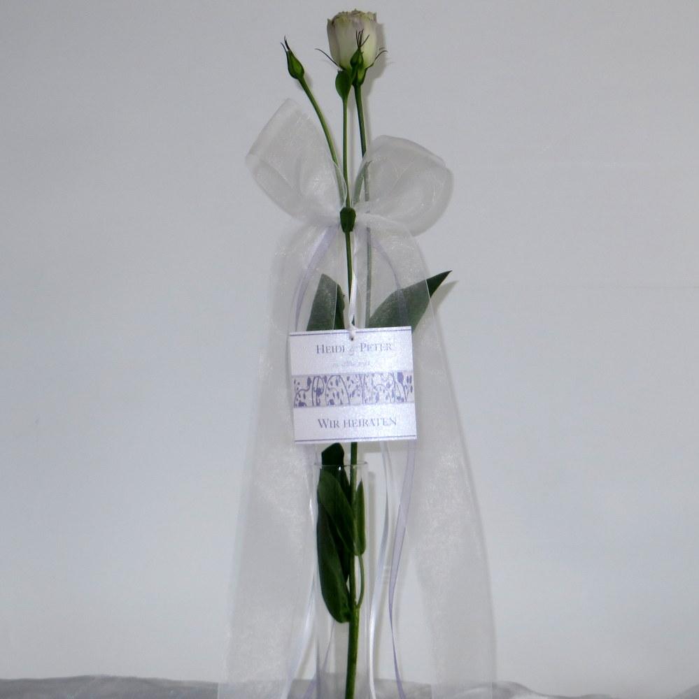 Hochzeitsschleife Florales Design in flieder