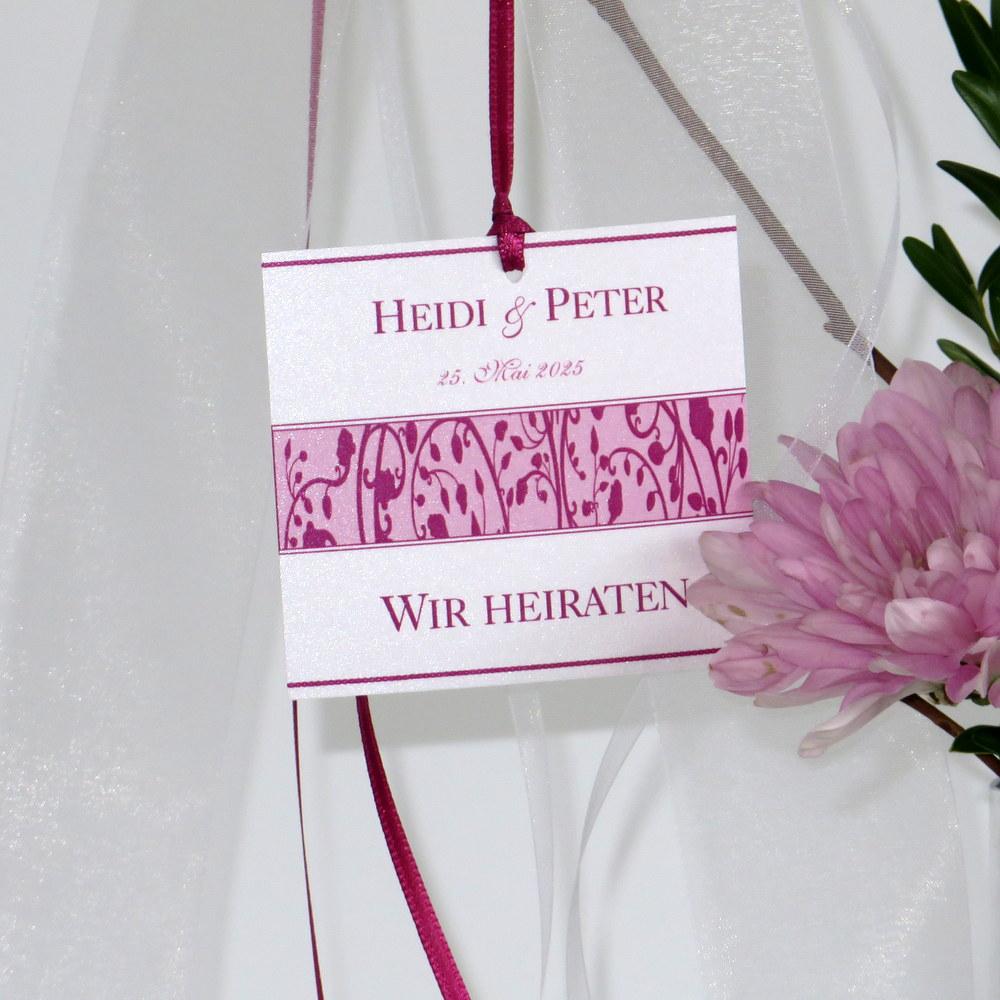 Autoschleife für die Hochzeit mit einem floralen Design in pink