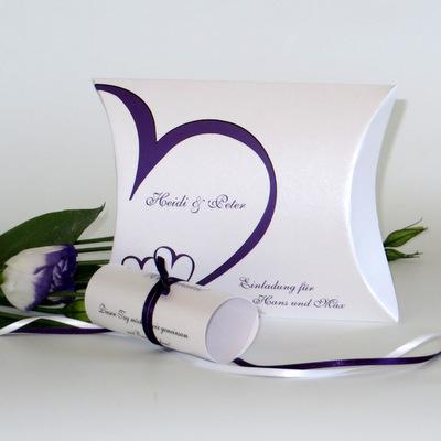 """Hochzeitseinladungsbox """"Herzschlag"""" lila"""