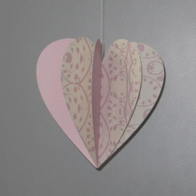 """Herzhänger """"Florales Design"""" rosa"""