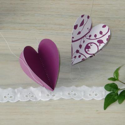 "Herzgirlande ""Florales Design"" aubergine"