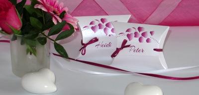 Tischkarten mit modernen Desings in pink
